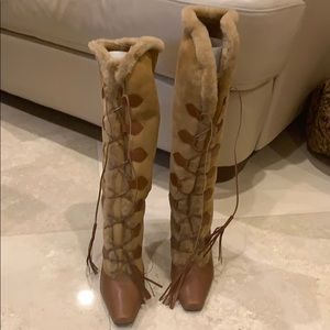 Manolo Blahnik | Lace Up Shearling Boots
